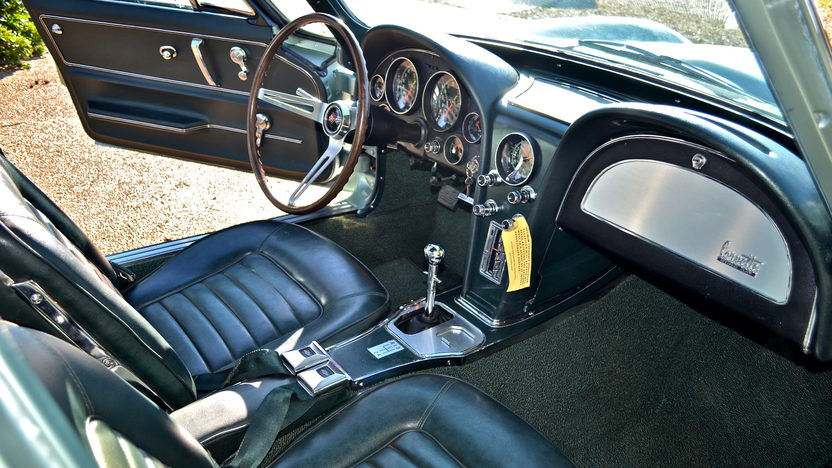 1966 Chevrolet Corvette Coupe Bloomington Gold Certified presented as lot S86 at Indianapolis, IN 2013 - image3