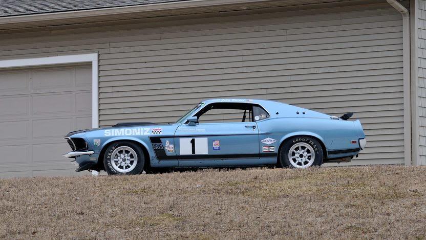 1969 Ford Mustang Boss 302 Trans Am Race Car SVRA Historical Certified presented as lot F214 at Indianapolis, IN 2013 - image2