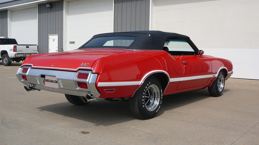 1971 Oldsmobile 442 W-30 Convertible 455 CI, Factory Air presented as lot S199 at Indianapolis, IN 2013 - image3