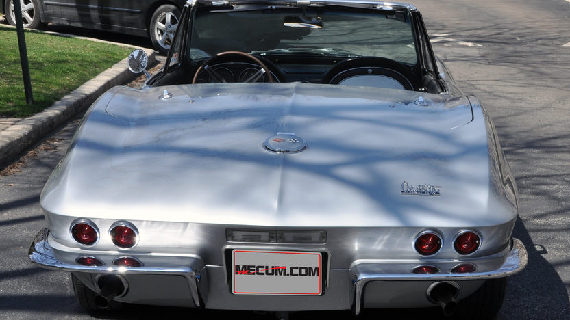 1967 Chevrolet Corvette Convertible 427/400 HP, 4-Speed presented as lot S229 at Indianapolis, IN 2013 - image3