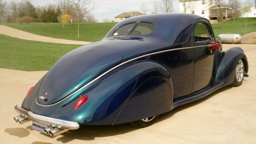 1937 Lincoln Zephyr 5.0L, Automatic presented as lot S234 at Indianapolis, IN 2013 - image7