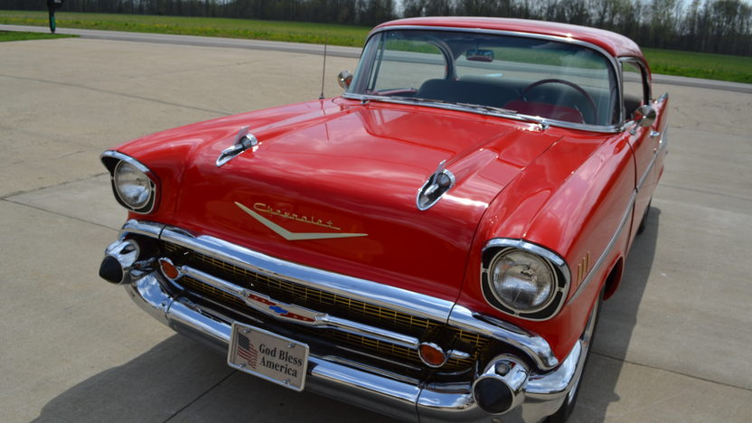 1957 Chevrolet Bel Air Resto Mod LS1, Automatic presented as lot S253 at Indianapolis, IN 2013 - image7