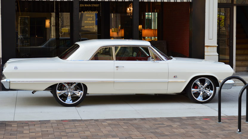 1963 Chevrolet Impala 409/425 HP, 4-Speed presented as lot S263 at Indianapolis, IN 2013 - image2