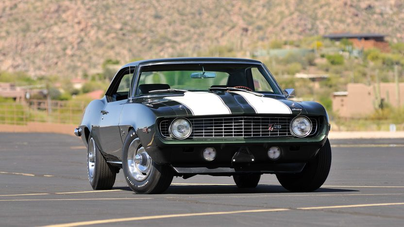 1969 Chevrolet Camaro Z28 Cross Ram 302 CI, 4-Speed presented as lot U69 at Indianapolis, IN 2013 - image12