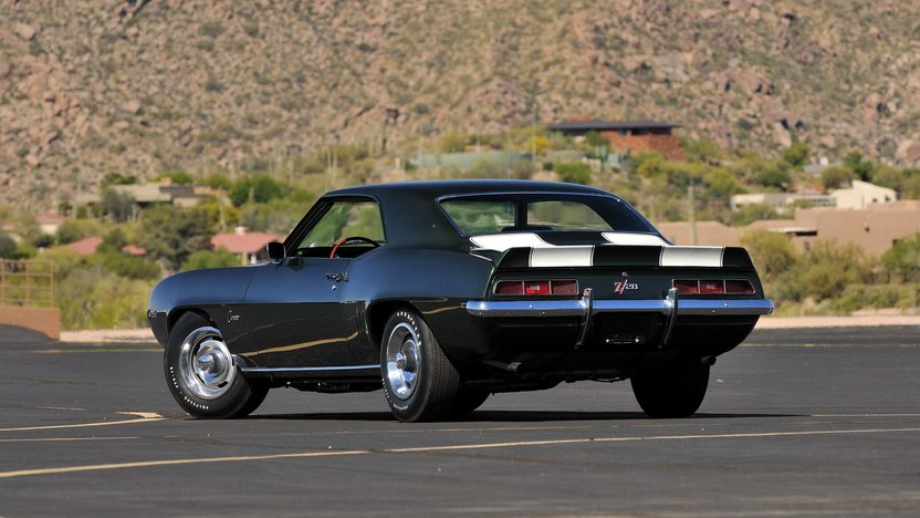1969 Chevrolet Camaro Z28 Cross Ram 302 CI, 4-Speed presented as lot U69 at Indianapolis, IN 2013 - image3