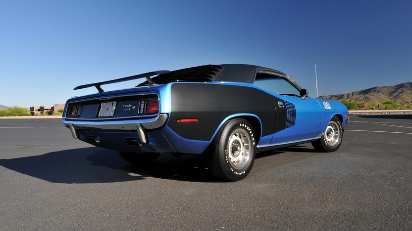 1971 Plymouth Hemi Cuda 426/425 HP, 4-Speed, 'Haircut Hemi' presented as lot U81 at Indianapolis, IN 2013 - image10