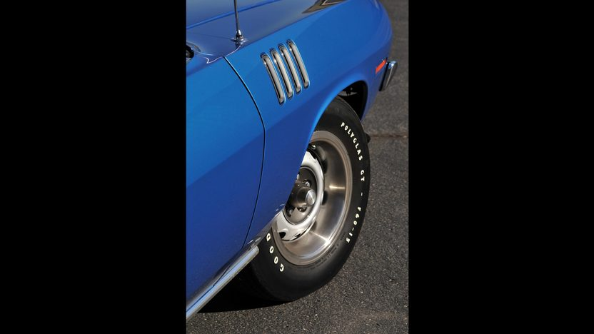 1971 Plymouth Hemi Cuda 426/425 HP, 4-Speed, 'Haircut Hemi' presented as lot U81 at Indianapolis, IN 2013 - image8