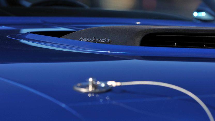 1971 Plymouth Hemi Cuda 426/425 HP, 4-Speed, 'Haircut Hemi' presented as lot U81 at Indianapolis, IN 2013 - image9