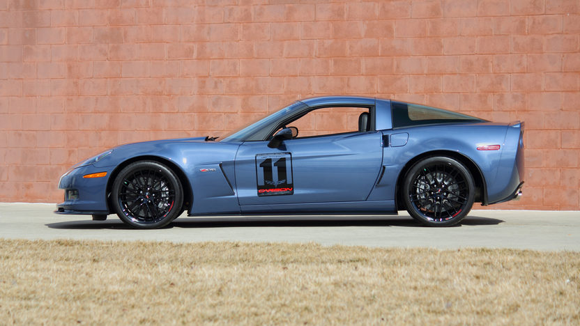 2011 Chevrolet Corvette Z06 Carbon Edition Only 52 Miles presented as lot F192 at Indianapolis, IN 2013 - image2