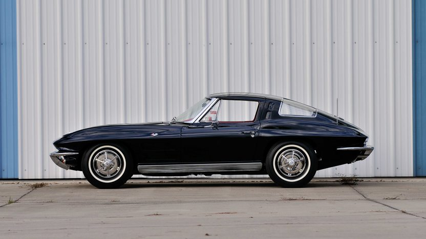 1963 Chevrolet Corvette Split Window Coupe 327/340 HP, Factory Black/Red, Triple Crown presented as lot F199 at Indianapolis, IN 2013 - image2
