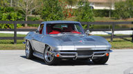 1963 Chevrolet Corvette Split Window Coupe Resto Mod, LS7/505 HP, 6-Speed presented as lot F225 at Indianapolis, IN 2013 - thumbail image12