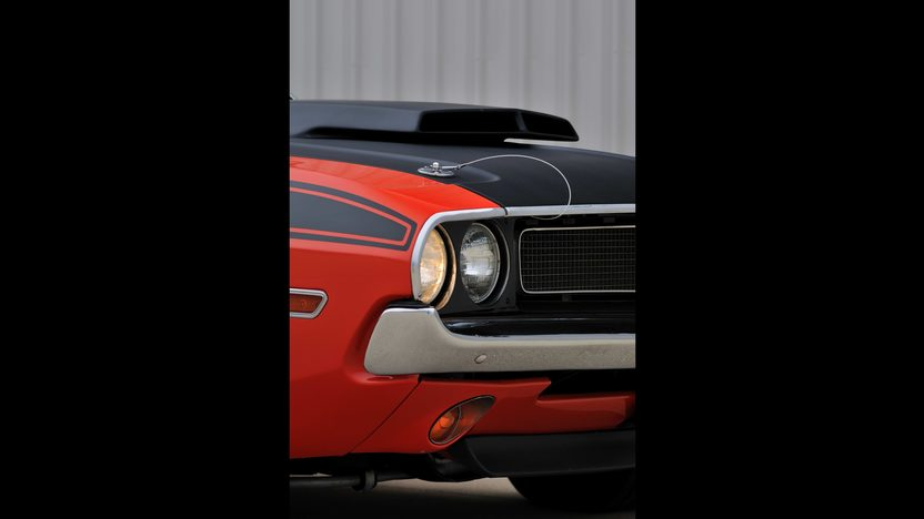 1970 Dodge Challenger T/A 340 Six Pack, 4-Speed presented as lot F256 at Indianapolis, IN 2013 - image11