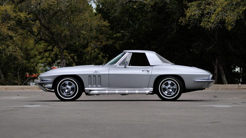 1966 Chevrolet Corvette Convertible 427/425 HP, 4-Speed, Two Tops presented as lot F268 at Indianapolis, IN 2013 - image2