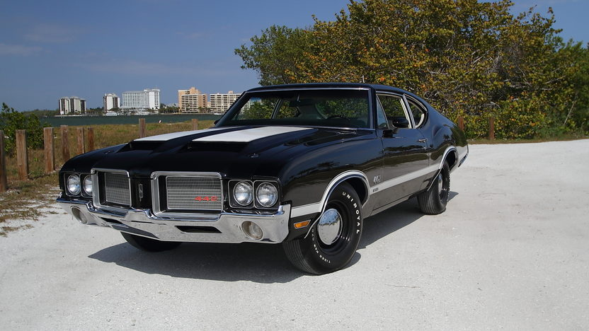 1972 Oldsmobile 442 W-30 S Coupe 455/300 HP, Automatic presented as lot S112 at Indianapolis, IN 2013 - image12