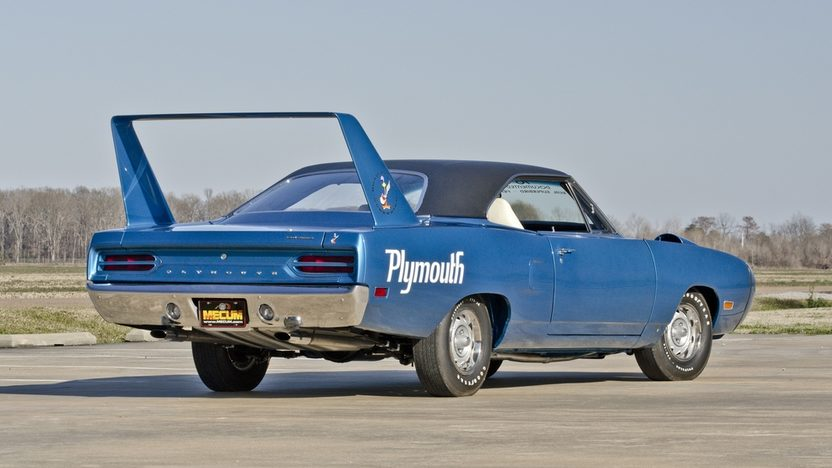1970 Plymouth Superbird 440/375 HP, Automatic presented as lot S115 at Indianapolis, IN 2013 - image2