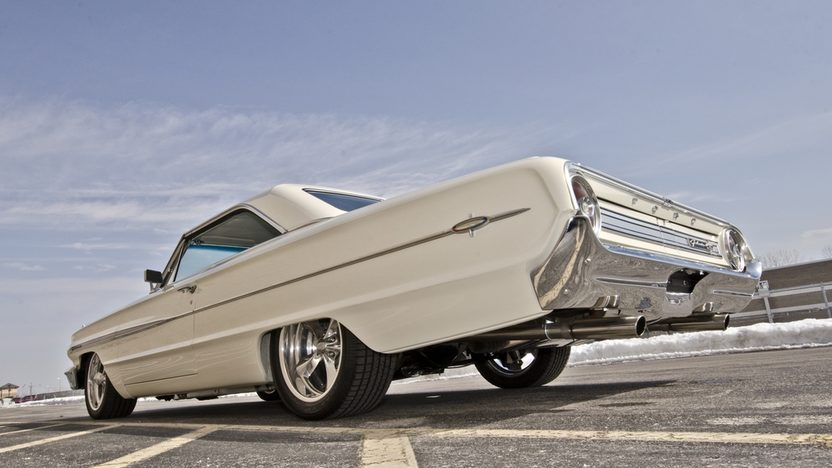 1964 Ford Galaxie 500 XL Resto Mod 451/455 HP, 5-Speed presented as lot S164 at Indianapolis, IN 2013 - image11