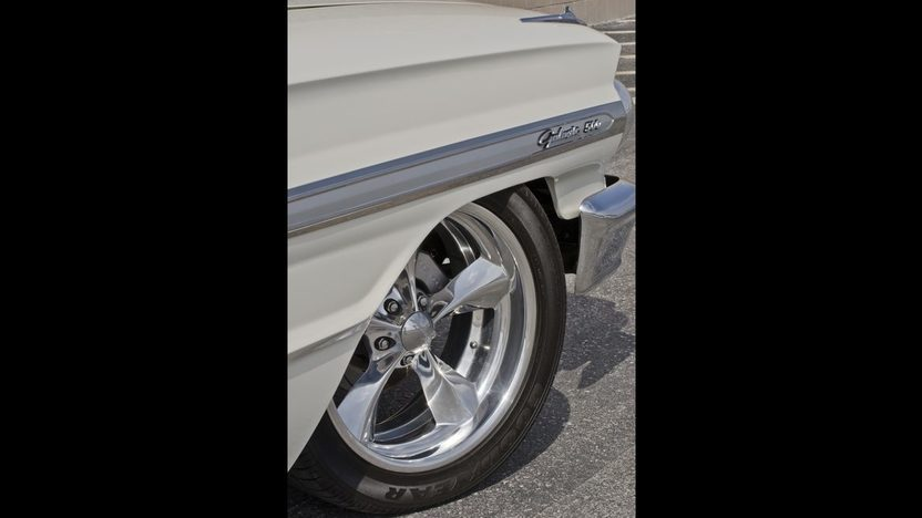 1964 Ford Galaxie 500 XL Resto Mod 451/455 HP, 5-Speed presented as lot S164 at Indianapolis, IN 2013 - image9