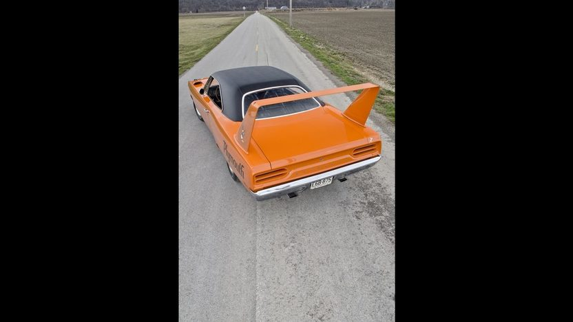 1970 Plymouth Superbird 440 Six Pack, Automatic presented as lot S170 at Indianapolis, IN 2013 - image12