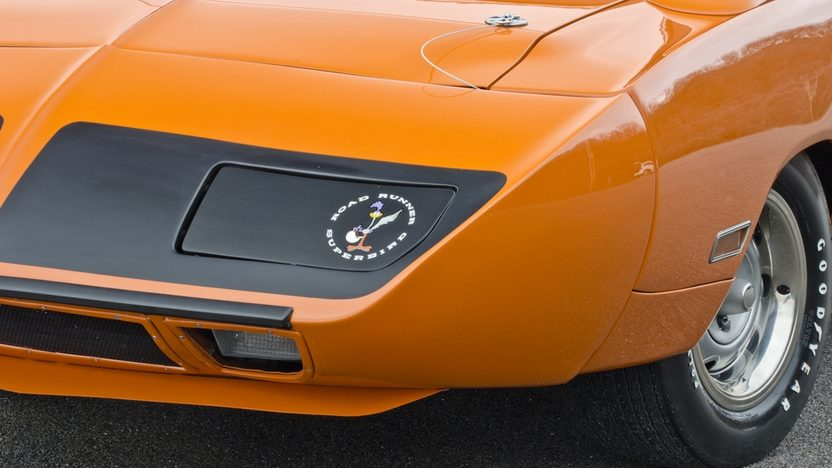 1970 Plymouth Superbird 440 Six Pack, Automatic presented as lot S170 at Indianapolis, IN 2013 - image9