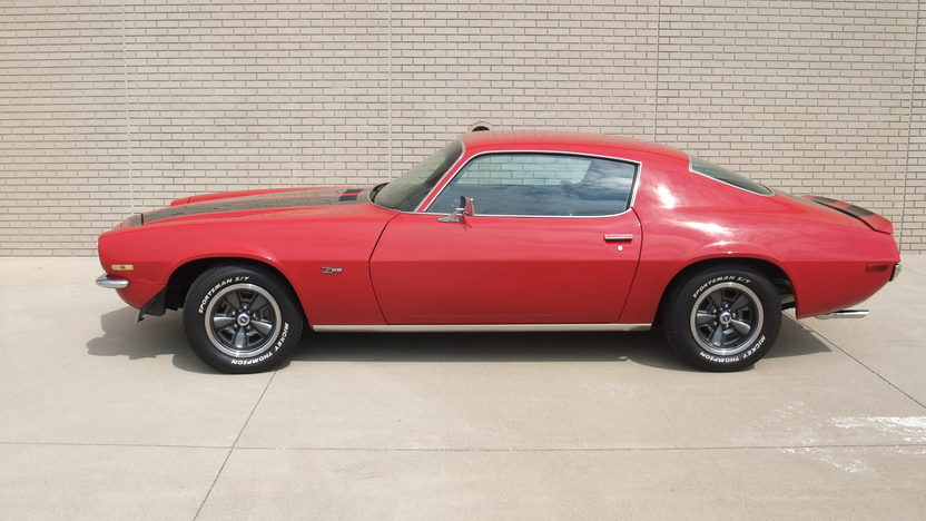 1970 Chevrolet Camaro RS Z28 350/360 HP, 4-Speed presented as lot F117 at Indianapolis, IN 2013 - image2