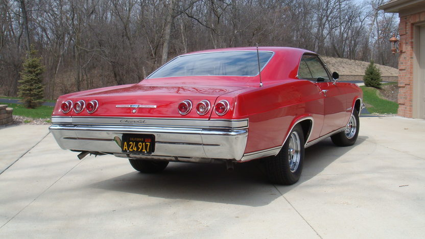 1965 Chevrolet Impala Hardtop 283 CI, Automatic presented as lot T281 at Indianapolis, IN 2013 - image3