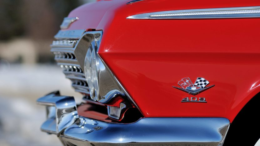 1962 Chevrolet Impala SS Convertible 409/409 HP, 4-Speed presented as lot S7 at Indianapolis, IN 2013 - image9
