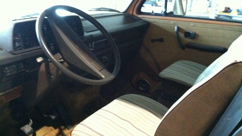 1981 Volkswagen Vanagon Camper Van presented as lot T58.1 at Indianapolis, IN 2013 - image2