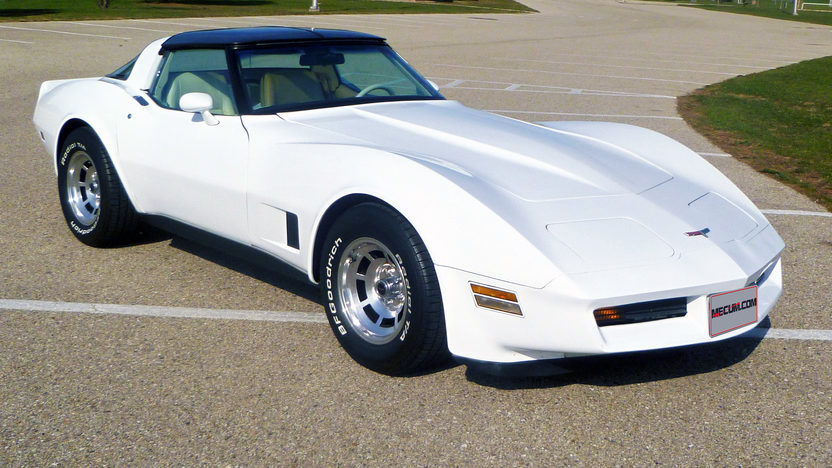 1980 Chevrolet Corvette 350 CI, 4-Speed presented as lot T167 at Indianapolis, IN 2013 - image10