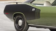 1971 Plymouth Hemi Cuda 426 CI, 4-Speed presented as lot S185 at Indianapolis, IN 2014 - thumbail image10