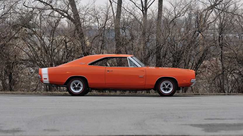 1969 Dodge Hemi Charger 500 426 CI, 4-Speed presented as lot S135 at Indianapolis, IN 2014 - image2
