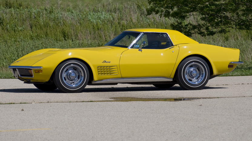 1972 Chevrolet Corvette LT1 Convertible Bloomington Gold Benchmark presented as lot S143 at Indianapolis, IN 2014 - image2