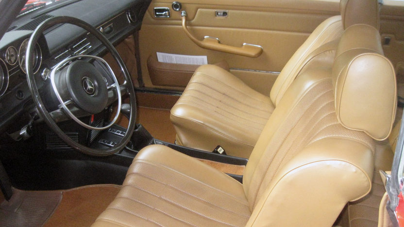 1972 Mercedes-Benz 250C presented as lot F34 at Seattle, WA 2014 - image3
