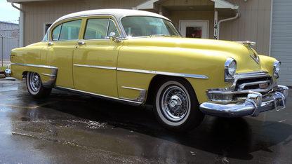 1954 Chrysler New Yorker Deluxe