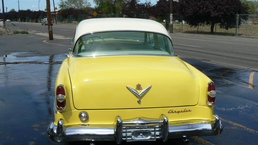1954 Chrysler New Yorker Deluxe 331 CI, Automatic presented as lot F25 at Seattle, WA 2014 - image4